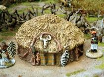 Low grass dome hut